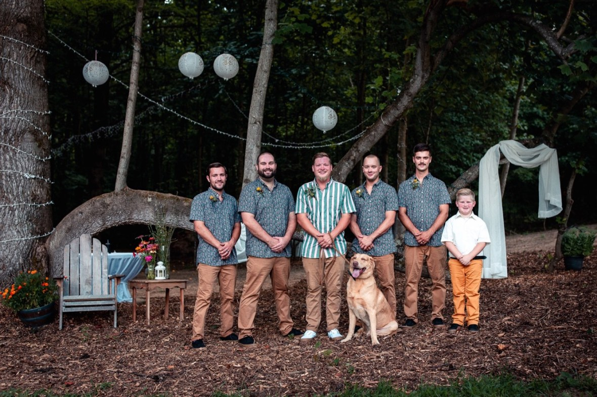 49_WCTM0700ab_County_Summer_outdoor_Woodsy_Kentucky_July_Meade_Wedding