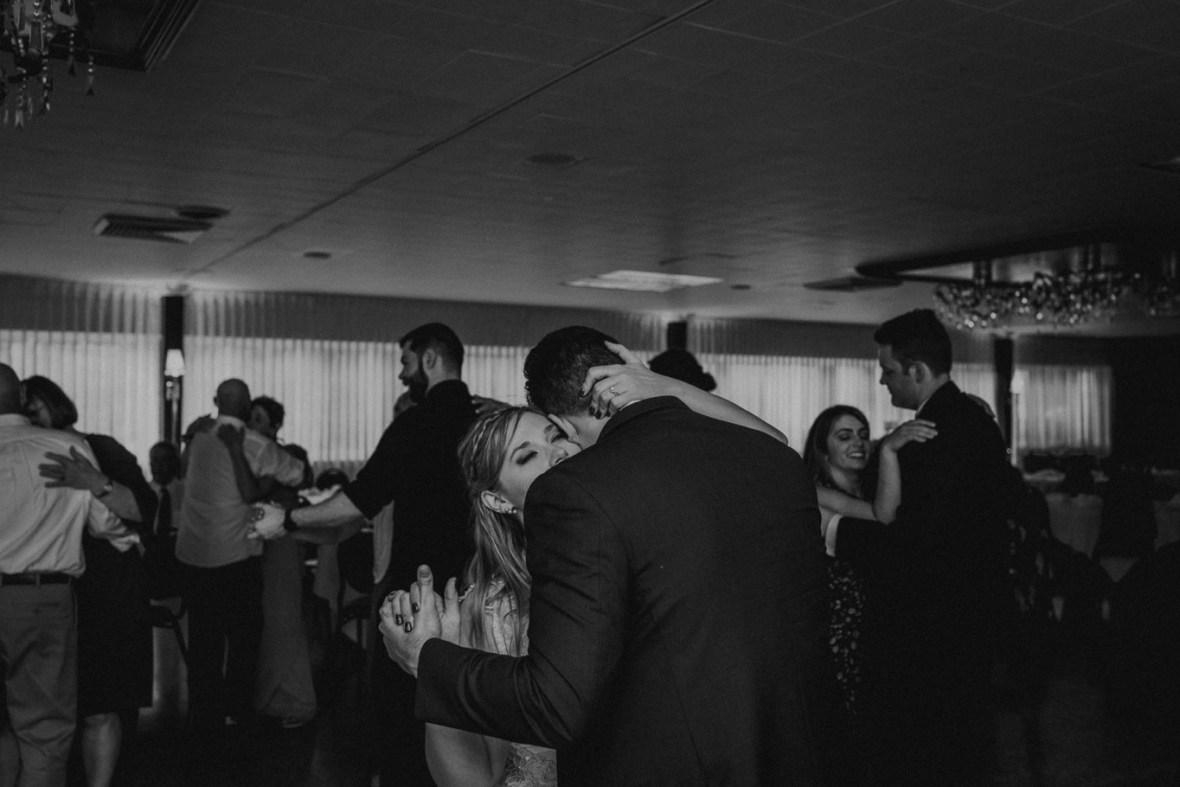 93_WCTM5985abwb_Louisville_Reception_Club_Kentucky_Wedding_Country_Woodhaven