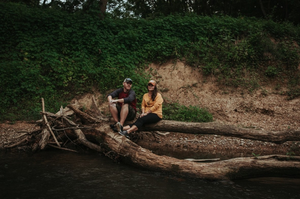 32_WCTM8307ab_In_Session_Cabin_Log_Home_Louisville_Kentucky_Couples_Kayaking
