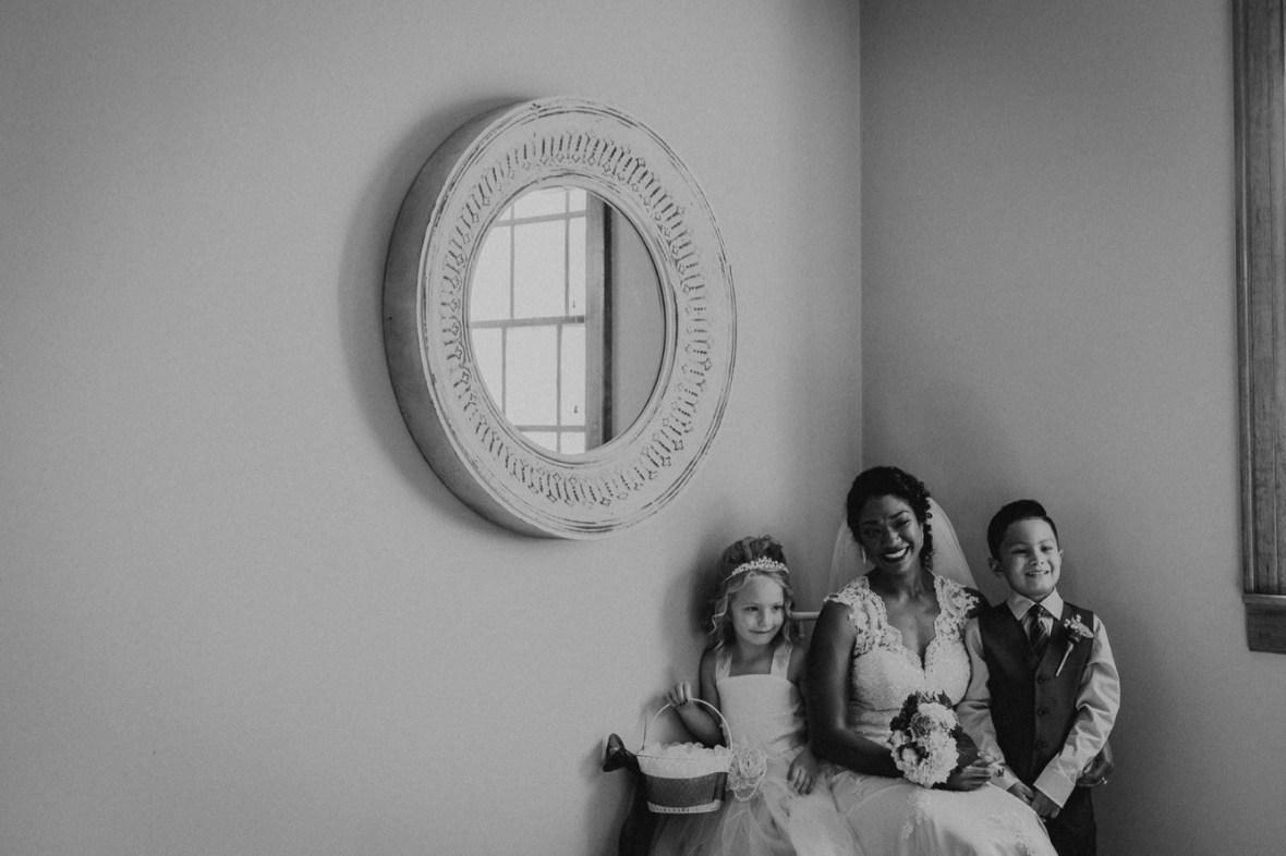 42_WCTM6627abwb_Versailles_Kentucky_Themed_Galerie_Summer_Wedding