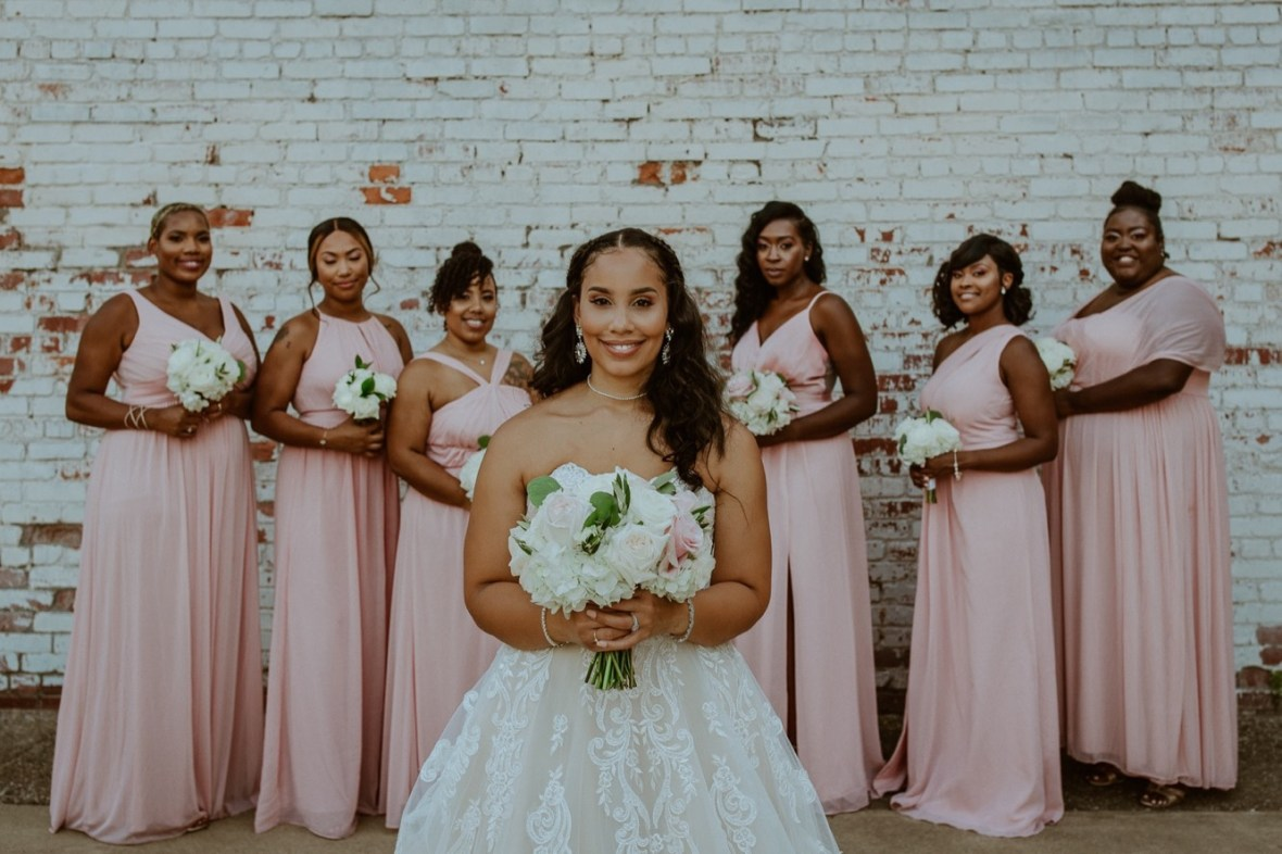51_WCTM2898ab_Center_omni_Hotel_Summer_Louisville_Wedding_Art_Kentucky_Mellwood