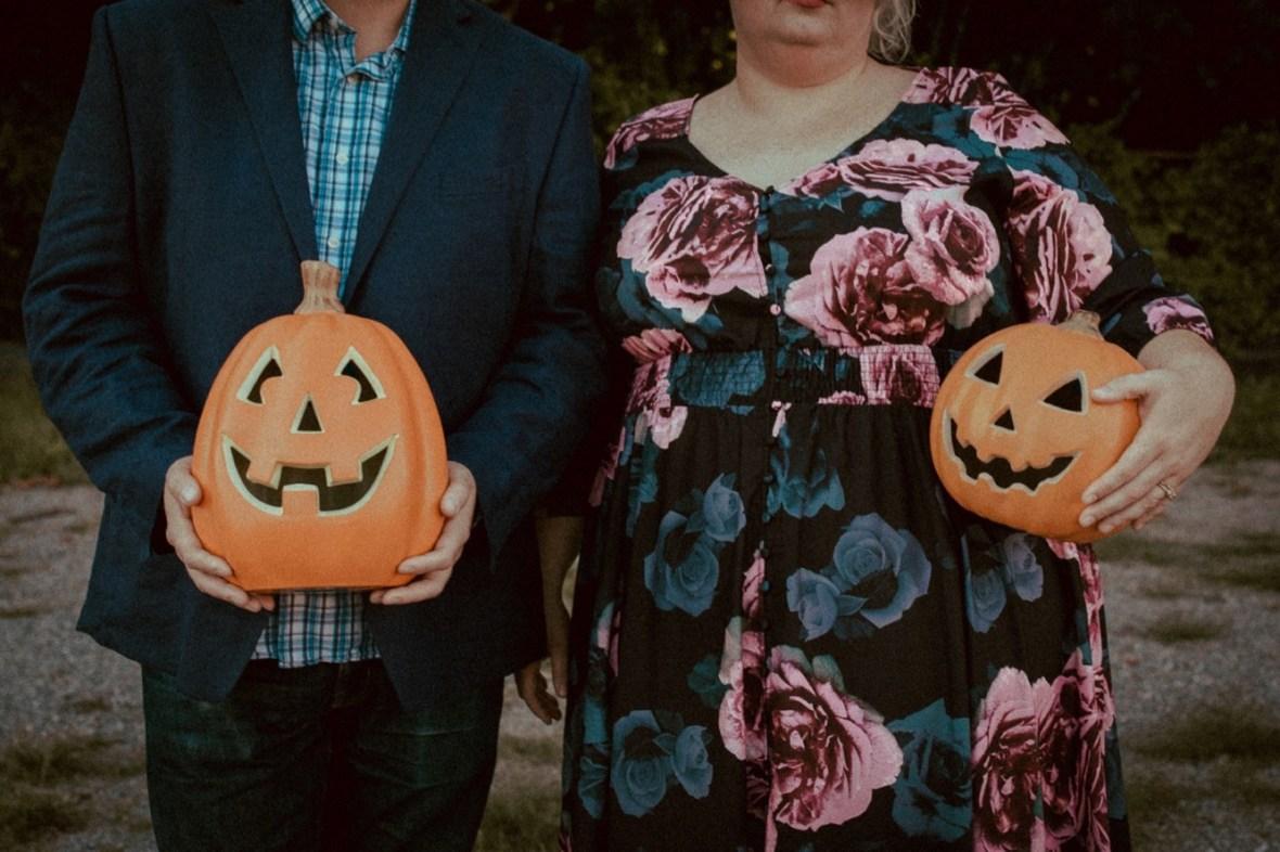 12_WCTM9892ab_Photos_Session_Pumpkins_Bombs_Smoke_Halloween_Mini_Louisville_Kentucky