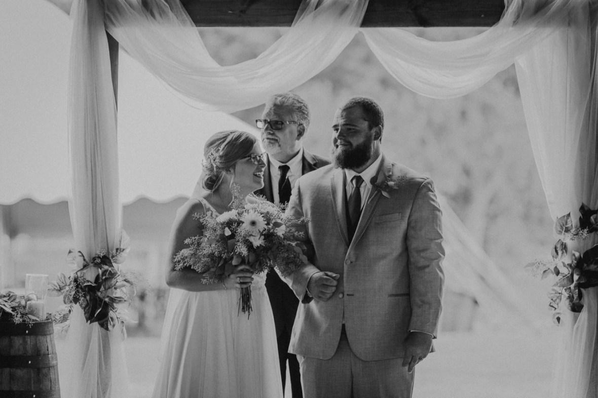 36_C018abwb_Barn_Indoor_Shelbyville_Kentucky_Summer_Wedding