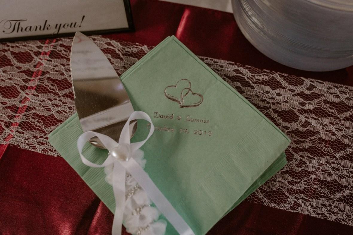 47_WCTM6335ab_Rustic_Indiana_Southern_october_Wedding_Corydon_Falling
