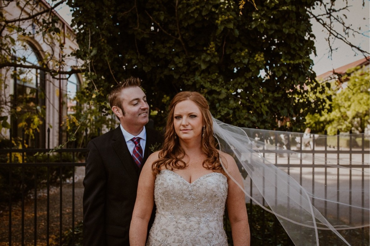 23_WCTM9703ab_Indiana_Fall_The_Jeffersonville_Wedding_Refinery_Late