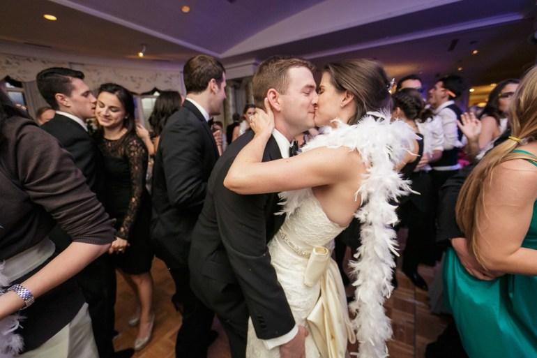 Saint-Louis-Wedding-Photographer-Photojournalist-Pillar-Bellerive-Country-Club-053
