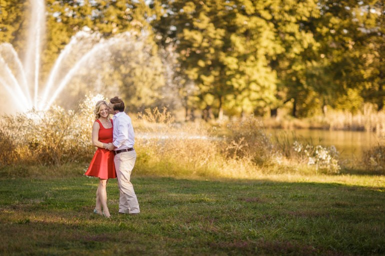 -Saint-Louis-wedding-Photographer-Engagement-Forest-Park-18