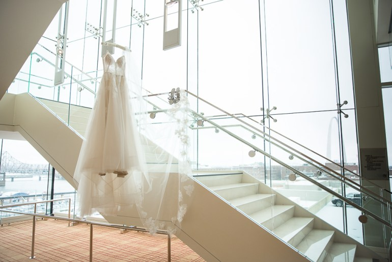 -Saint-Louis-Wedding-Photographer-Four-Seasons-Hotel--01