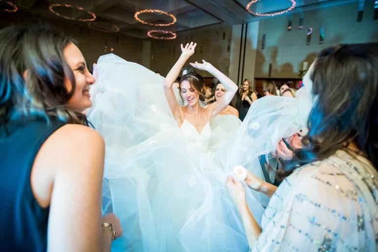 -Saint-Louis-Wedding-Photographer-Four-Seasons-Hotel--47