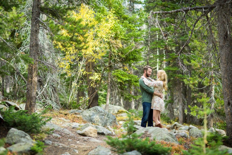 saint-louis-colorado-rocky-mountain-national-park-engagement-photographer-13