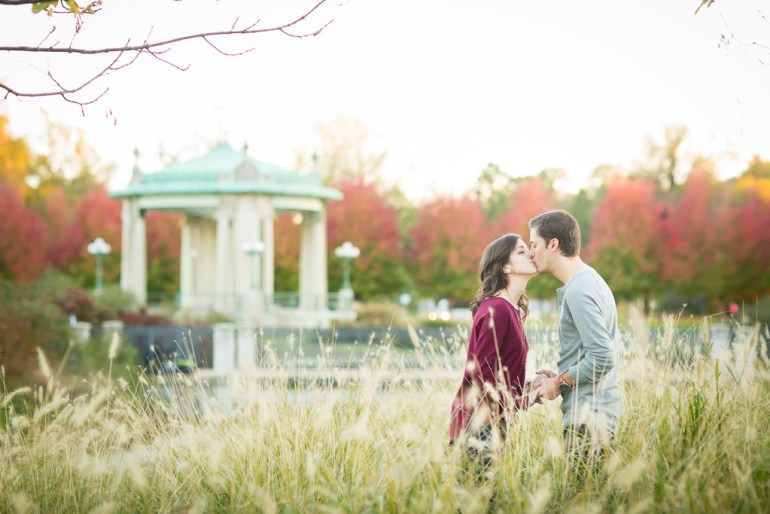 saint-louis-engagement-wedding-photographer-forest-park-25
