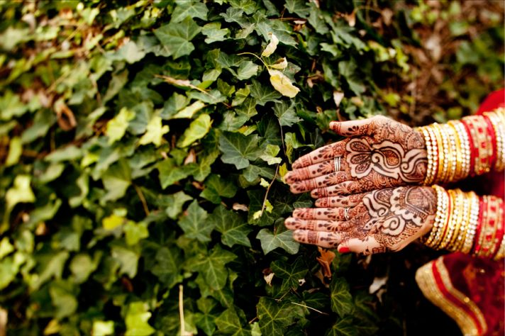 multi cultural weddings indian bride henna