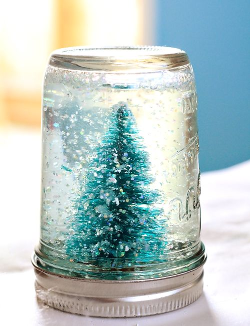 Winter Wedding Ideas DIY Snow Globe Decor 4
