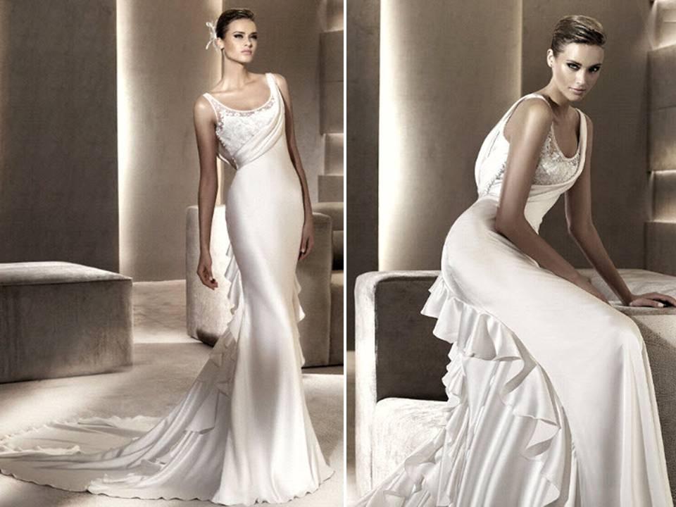 Slinky Silk Sheath Scoop Neck Wedding Dress With Romantic