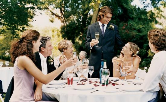 Secrets To Planning Small Weddings For 15-30 Guests