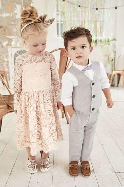 fryzury na wesele dla dzieci chłopiec dziewczynka