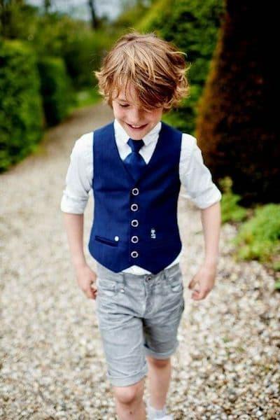 fryzury na wesele dla chłopców włosy półdługie