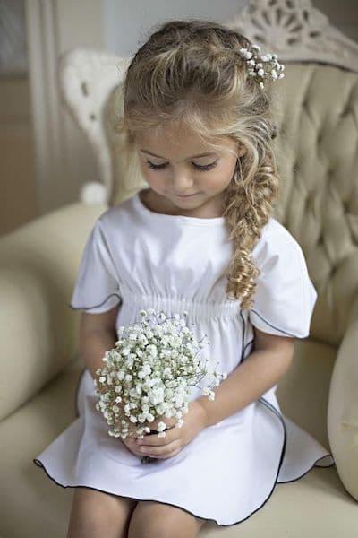 fryzury na wesele dla dziewczynek warkocz