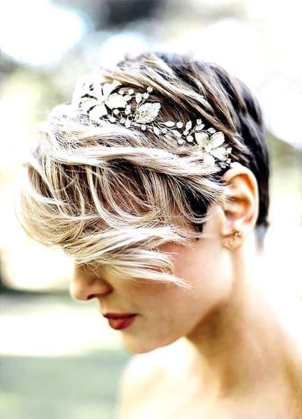 fryzura wesele picie krótkie włosy