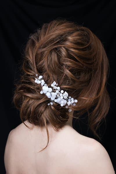 fryzury ślubne upięcie ozdoby