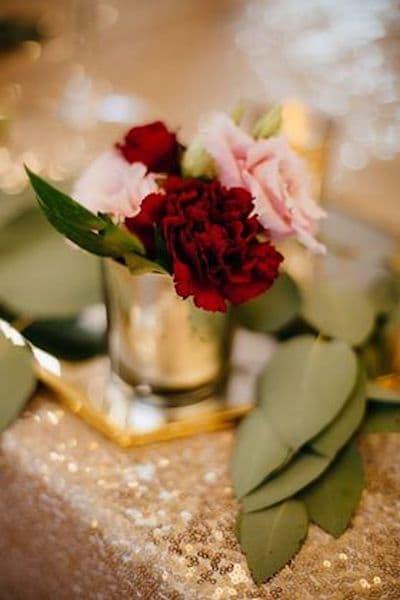 kwiaty na wesele czerwony złoty