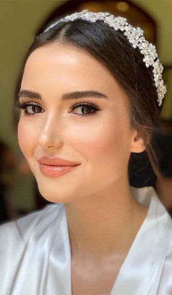 makijaż panna młoda brwi brunetka