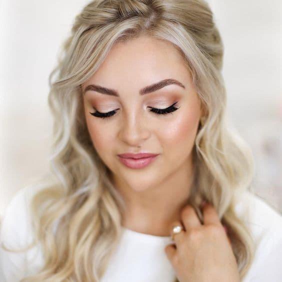 makijaż ślubny blondynka typ lato