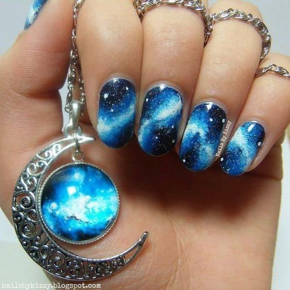 manicure wesele księżycowy niebieskie
