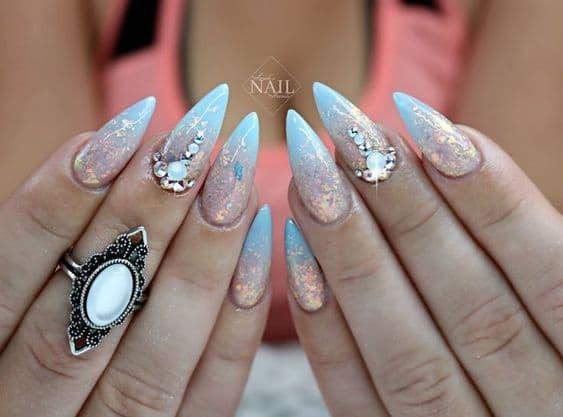 manicure wesele opal kryształki