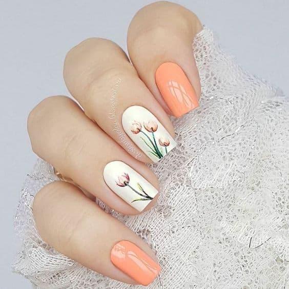 paznokcie panna młoda kwiaty koralowe
