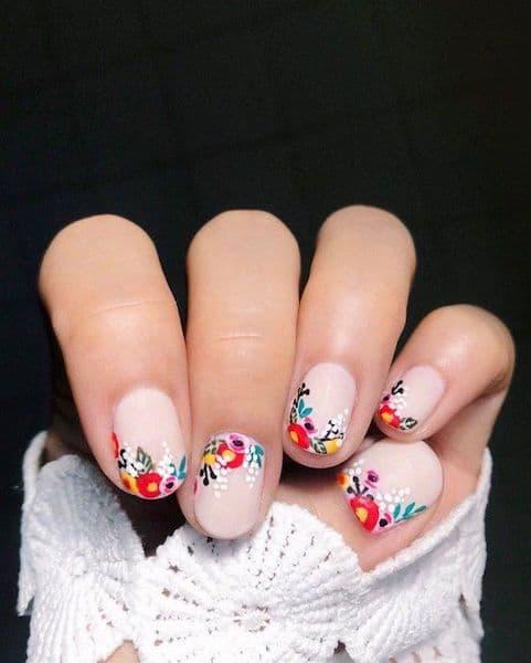 paznokcie ślubne kwiaty folk kolorowe