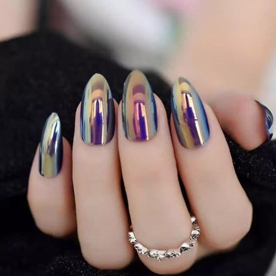 paznokcie na ślub lustrzane kolorowe