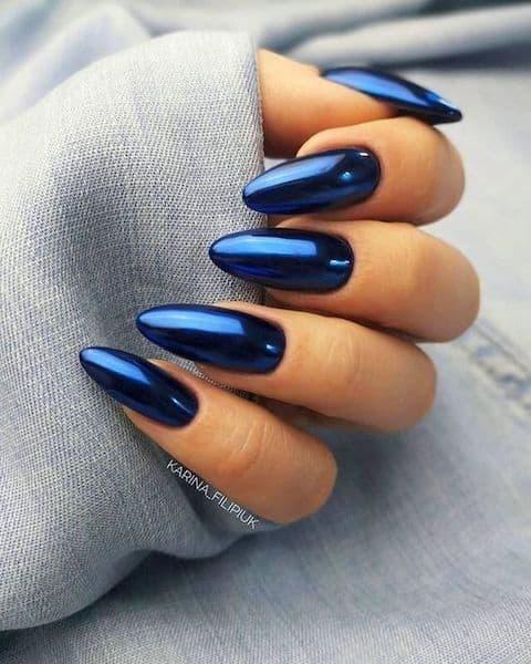 paznokcie na wesele niebieskie metaliczne