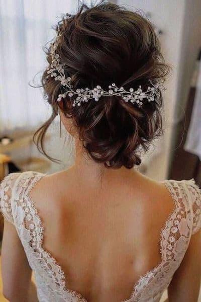 upięcie kręcone włosy biżuteria ozdoby