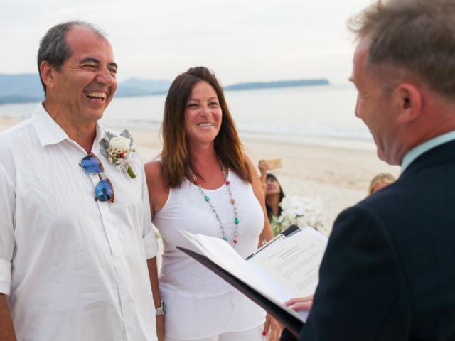 Beach marriage celebrant phuket (3)
