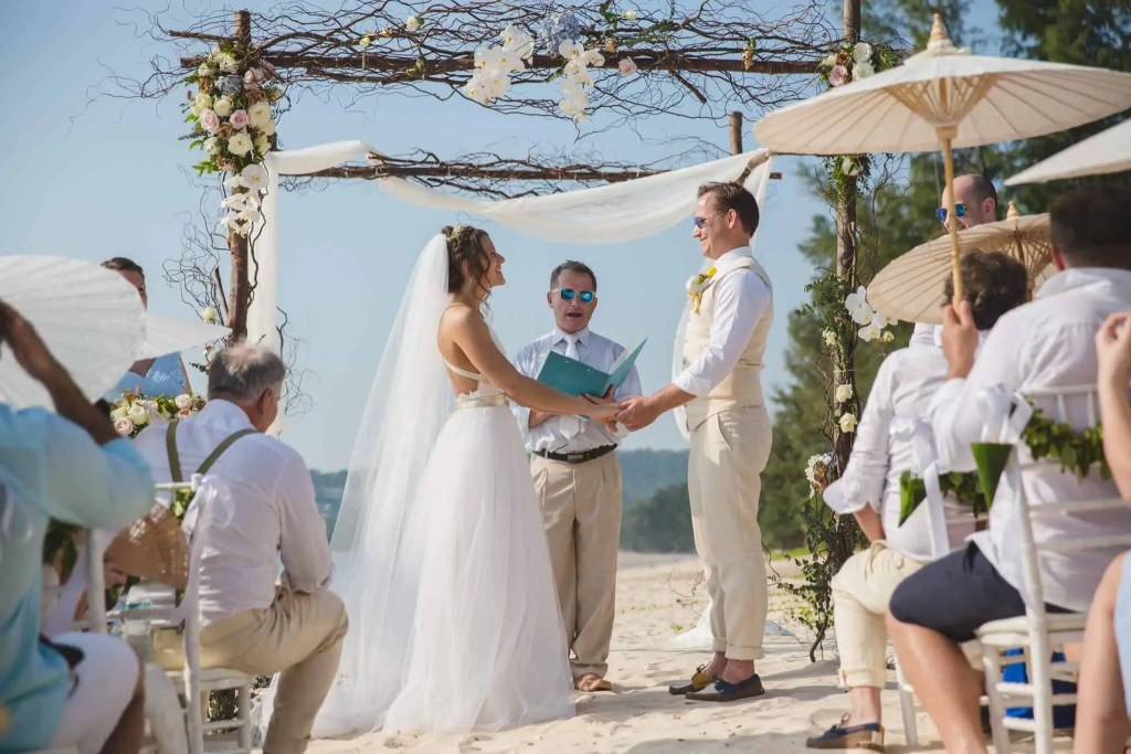 Beach destination wedding celebrant phuket (8)