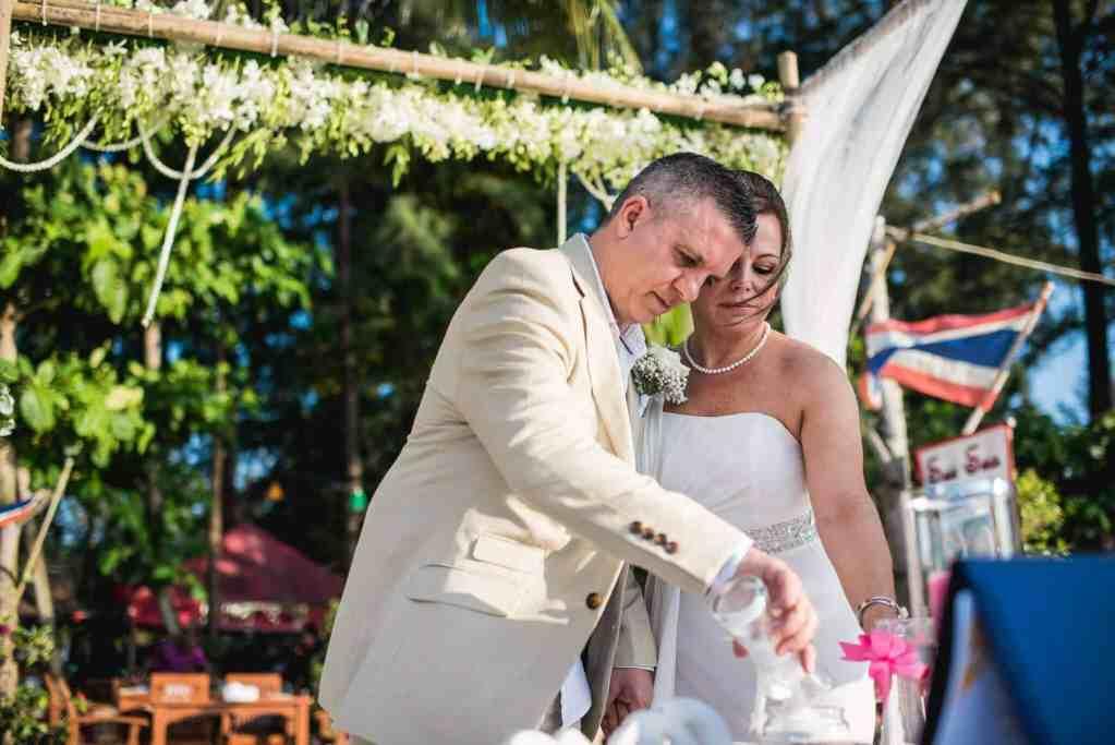 Phuket beach wedding celebrant (24)