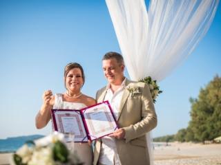 Phuket beach wedding celebrant (27)