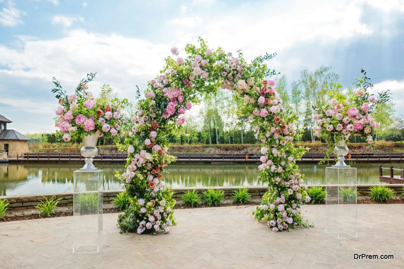 perfect wedding arch