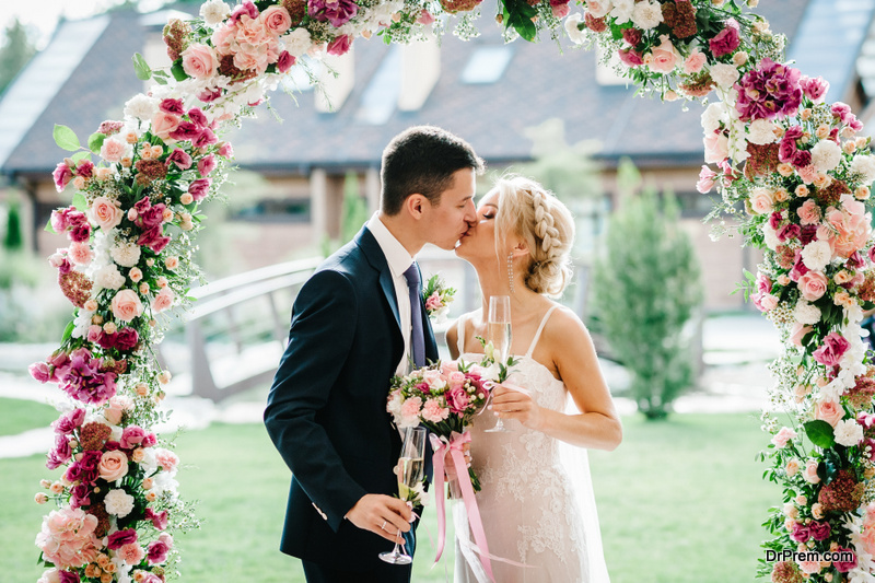 perfect wedding arch
