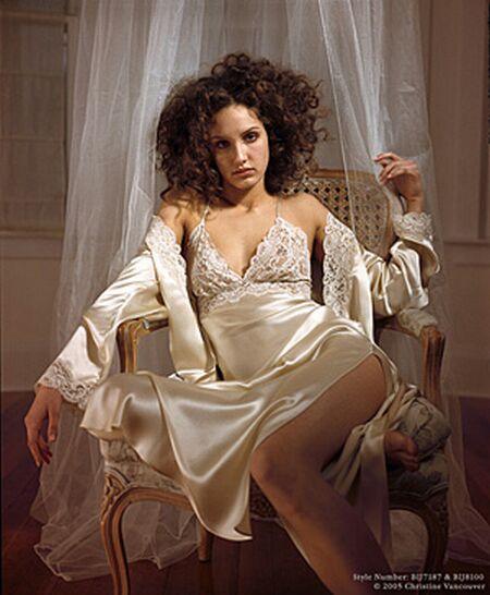 bridal lingerie d1