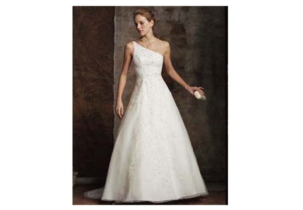 Casablanca Bridal Gown # 1680