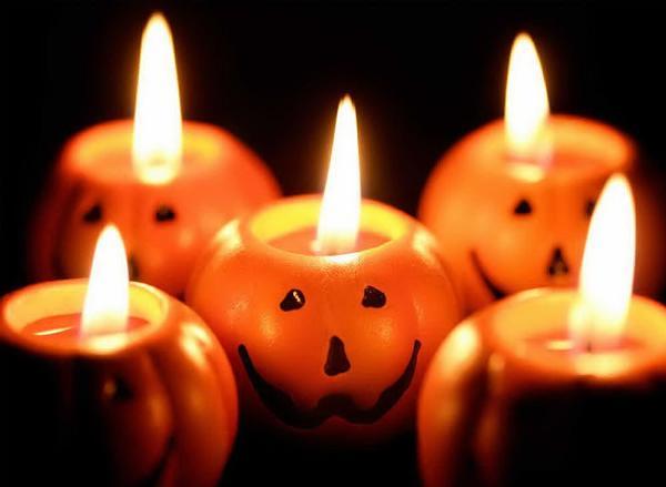Choose the Halloween theme