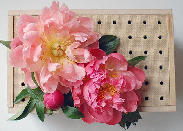 DIY: How to make peg board flower box wedding centerpieces