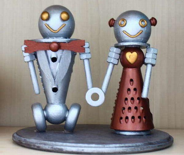 DIY Robot Cake Topper