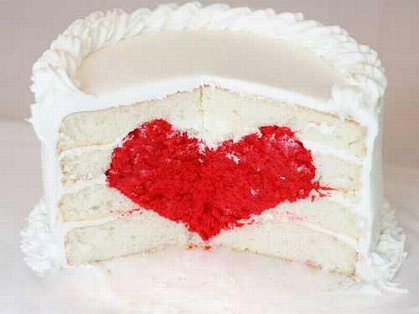DIY Single tiered heart cake for wedding