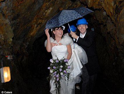edding in 500ft cave 49