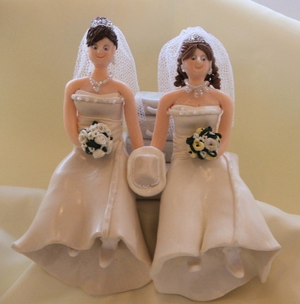 Lesbian Wedding Cakes