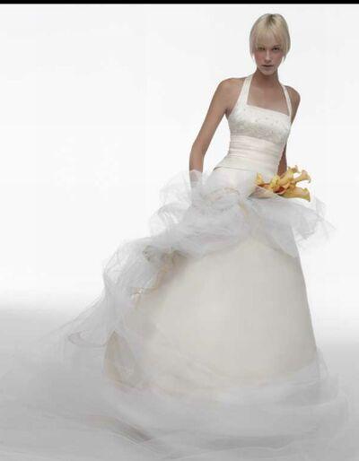 wedding gown 23
