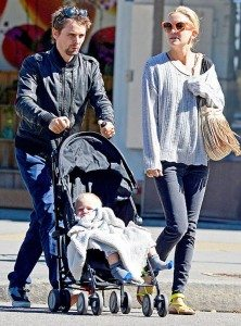 1348862528_matt-bellamy-kate-hudson-467